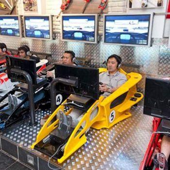 F1 레이싱 시뮬레이터 체험